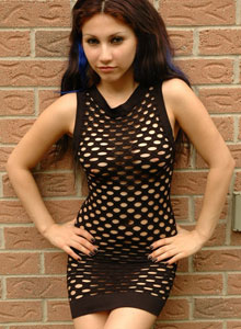 Angels Outside In A Mesh Dress - Picture 1