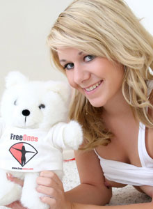 Ashlee Has Some Fun With Her Freeones Bear - Picture 12