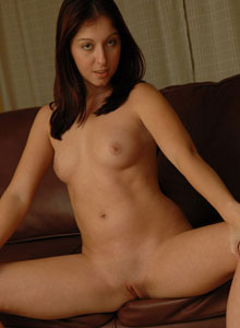 Cassie Leanne Shows Off Her Tight Teen Pussy - Picture 9