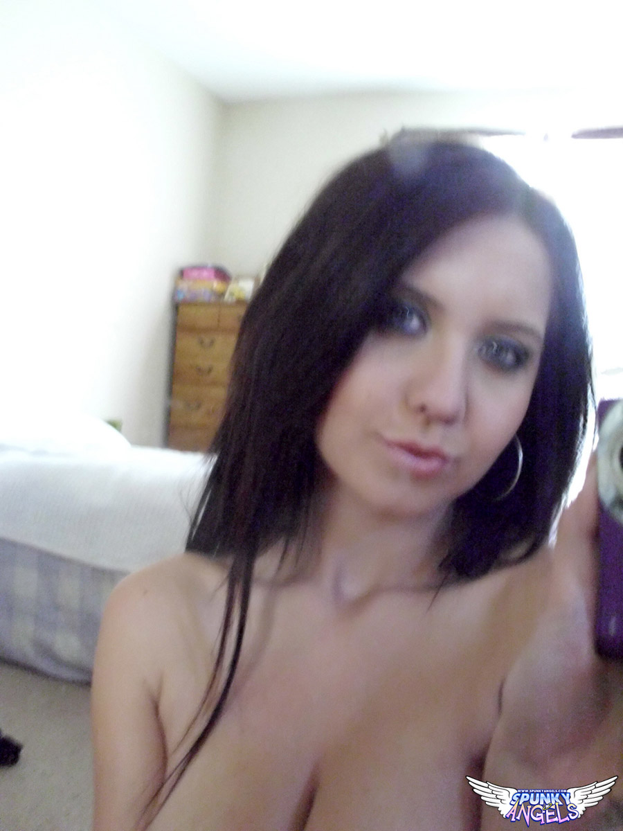 Chrissy Marie Takes Pictures Of Her Big Tits In The Mirror - Picture 7