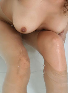 Cute Teen Naked And Wet In The Bath Tub - Picture 4