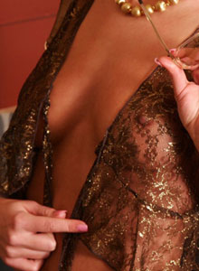 Erin Shows Off Her Tits Through Her Sheer Top - Picture 8