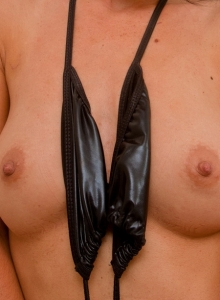 British Babe Jess West String Bikini Oily Perky Tits Round Ass - Picture 3