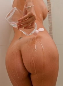 British Babe Jess West String Bikini Oily Perky Tits Round Ass - Picture 10