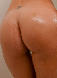 British Babe Jess West String Bikini Oily Perky Tits Round Ass - Picture 11