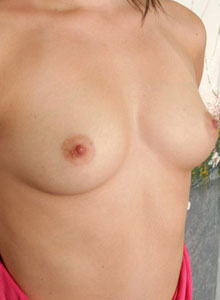 18 Year Old Kandie Strips Out Of Her Lil Top And Shows Off Her Perky Tits - Picture 12