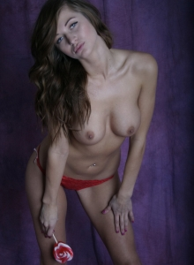 Happy Valentines Day From Busty Babe London Hart - Picture 11