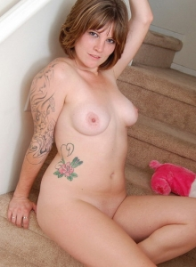 Curvy Tattooed Spunky Angel Misty Teases As She Strips Naked On The Stairs - Picture 8
