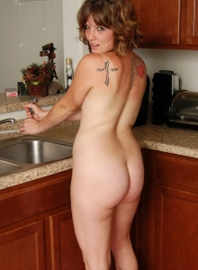 Sexy Hot Babe Misty Strips Naked In The Kitchen And Cools Off Her Tits - Picture 7
