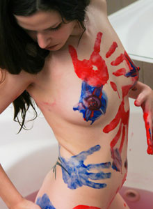 Ravon Covers Her Tight Teen Body With Finger Paint And Then Rinses Off - Picture 8