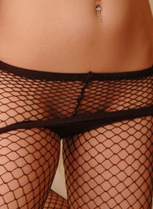 Serenas Perky Tits Are Visable Through Her Black Mesh Outfit - Picture 7