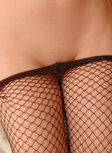 Serenas Perky Tits Are Visable Through Her Black Mesh Outfit - Picture 12