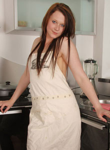 Watch As A Very Cute Teagan Does The Dishes In The Nude - Picture 5