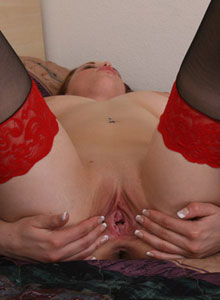 Teenage Slut Zoe Loves To Spread Her Tight Pink Pussy - Picture 11